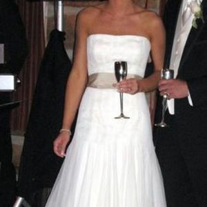 Vera Wang wedding dress - excellent condition